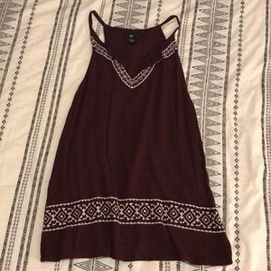 Gap Embroidered Flowy Tank